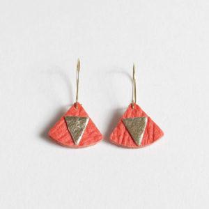Boucles d'oreilles Piñatex Triangles Paprika Doré