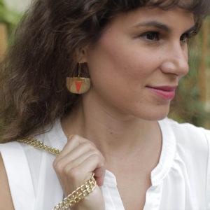 Boucles d'oreilles Piñatex Daisy Paprika & Doré_porté